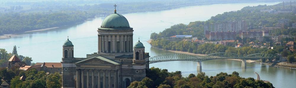 Dunakanyar sétarepülés Esztergom felett